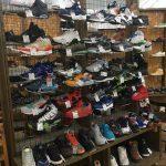 スニーカー、ブーツ強化買取してます。